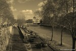 Travel-Photography-France-Paris-in-black-and-white-sepia-Gallery-Pictures-1.jpg