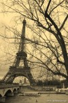 Travel-Photography-France-Paris-in-black-and-white-sepia-Gallery-Pictures-11.jpg
