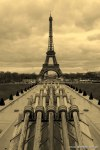 Travel-Photography-France-Paris-in-black-and-white-sepia-Gallery-Pictures-5.jpg